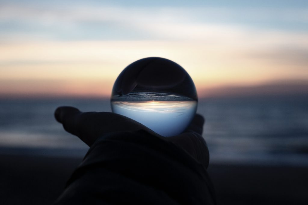 自分の未来が見える球