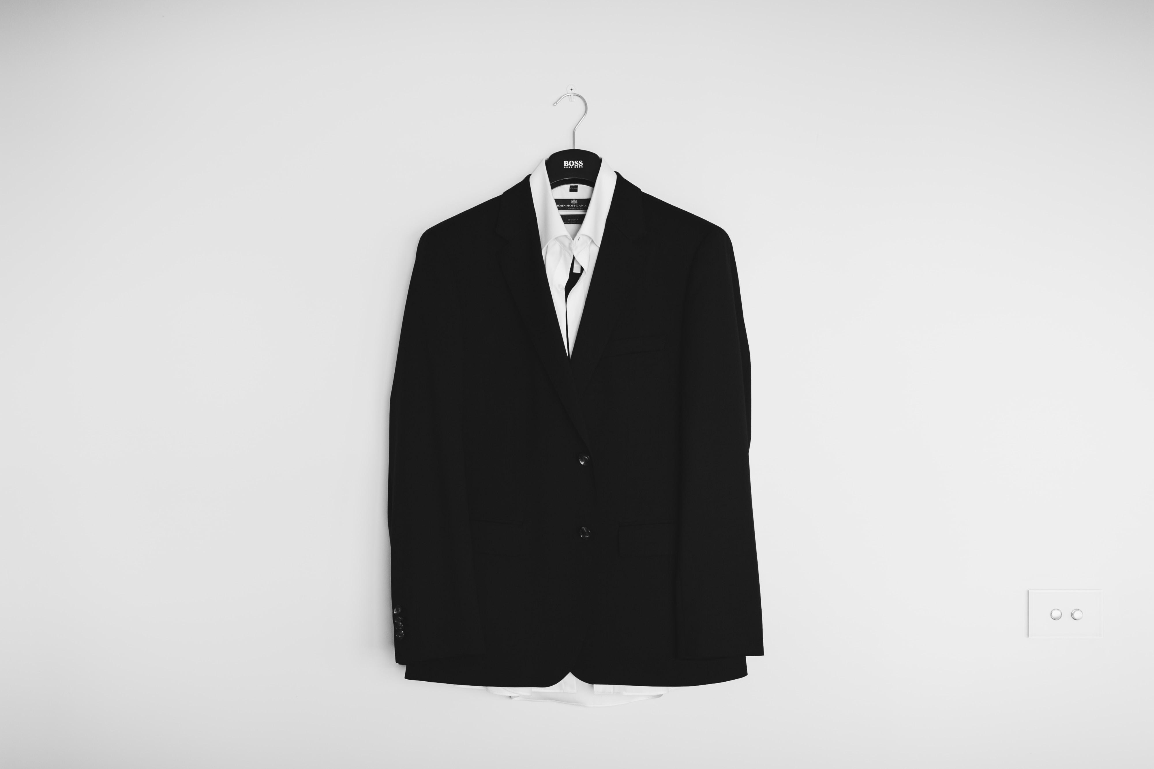転職面接のスーツの色